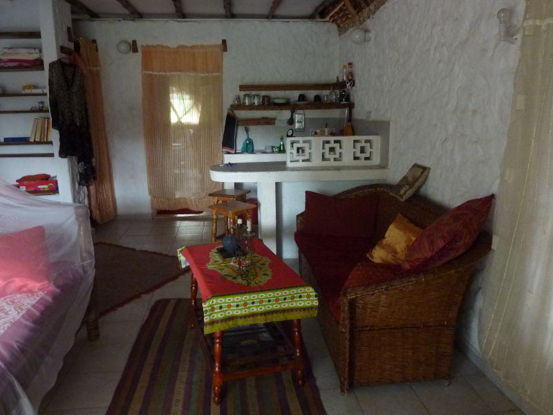 bougainvillea-apartment3